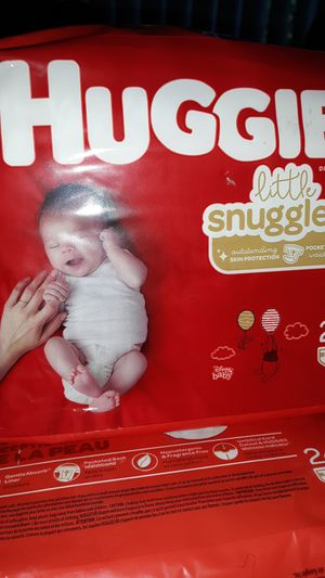 Huggies little snugglers newborn for Sale in Orlando, FL