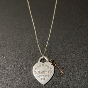 Tiffany & Co. Necklace for Sale in Whittier, CA