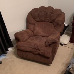 Recliner for Sale in Magnolia,  TX