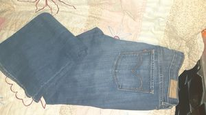 $15 *BRAND NEW * women's Levi's size 12/31 for Sale in Powell Butte, OR