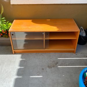 Tv Stand $10 for Sale in Chula Vista, CA