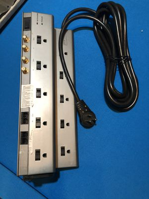 Staples 10-Outlet Surge Protector, 10 in cord, 4 ac adapters, and 6 USB ports. for Sale in Murfreesboro, TN