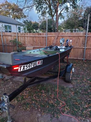 Jon Boat for Sale in Dallas, TX