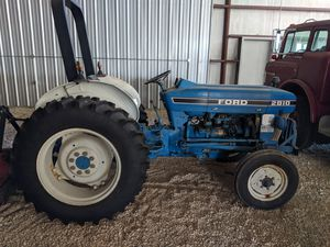 Ford 2810 diesel tractor for Sale in Mansfield, TX