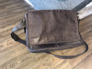 LEABAGS Leather Messenger Bag for Sale in Austin, TX