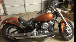 Motorcycle - 2004 Yamaha V-Star 650 for Sale in Selma, TX