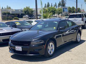 2019 Dodge Charger Sxt 4DR sedan for Sale in Fresno, CA
