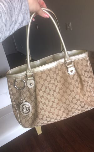 Authentic Gucci purse for Sale in Austin, TX
