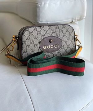 Gucci Crossbody Purse GG Supreme Messenger Bag for Sale in Newport Beach, CA