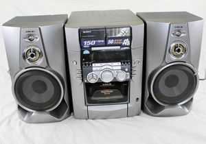 Sony cassette and CD player HCD-M100 CD Changer for Sale in Everett, WA