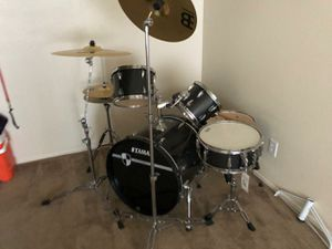 Nice drum set for sell 600.00 nice holiday presents for Sale in Barstow, CA