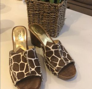 Michael Kors size 8 1/2 Duncan wood sandals for Sale in Franklin, TN