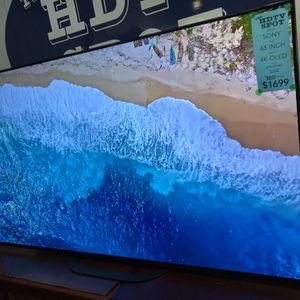 65 INCH 4K ULTRA HD 120Hz OLED SMART ANDROID TV SONY A8G for Sale in Los Angeles, CA