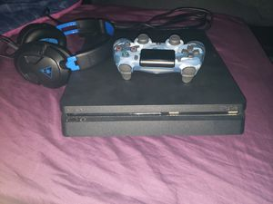 Ps4 Slim brand new condition for Sale in Bakersfield, CA