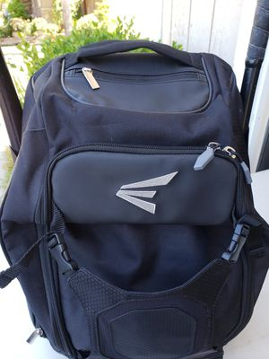 EASTON Softball bag. Excellent condition! for Sale in Wasco, CA