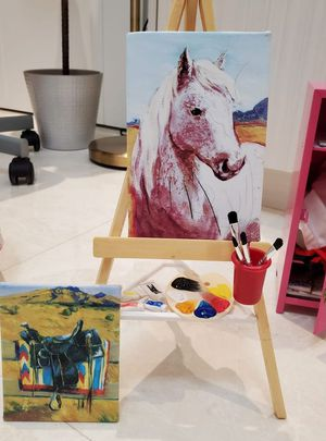 American Girl Doll Saige's Paint Set Easel for Sale in Miami, FL