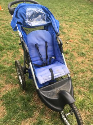 Baby Trend jogger stroller for Sale in Olney, MD