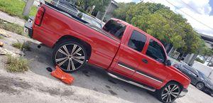 Chevy Silverado for Sale in Miami Gardens, FL