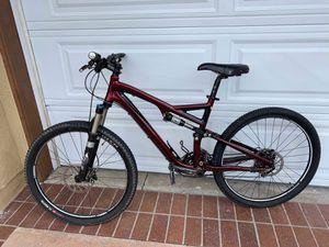 Specialized stump jumper Fsr Elite red mountain bike with fox suspension for Sale in Mission Viejo, CA