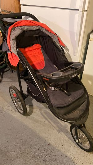 Graco click connect Stroller for Sale in Lancaster, PA