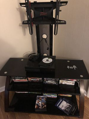 Z Line TV Stand for Sale in LaSalle, IL