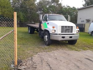 Chevy c650 motor Caterpillar flatbed for Sale in Pearland, TX