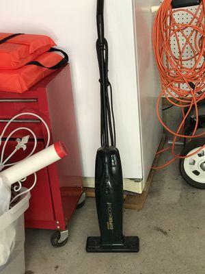 Electric broom vacuum $5 for Sale in Saint Germain, WI