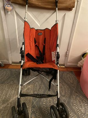 Chico fold up stroller for Sale in La Verne, CA