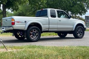 2004 Toyota Tacoma for Sale in Milwaukee, WI