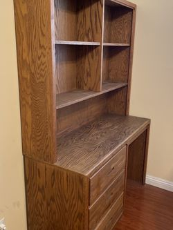 Solid Wood 2 Piece Desk for Sale in Yorba Linda,  CA