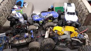 Rc car and truck traxxas gas power electric u name it i prolly have it for Sale in Oak Harbor, WA