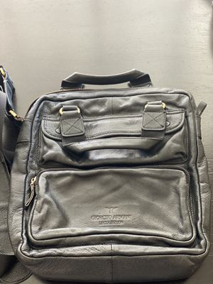 Men's messenger bag for Sale in Las Vegas, NV