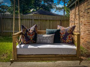 Made to order Porch Swing for Sale in Spring, TX