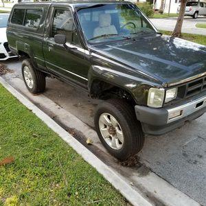 86 TOYOTA 22R MANUAL 4X4 5K for Sale in Miami, FL