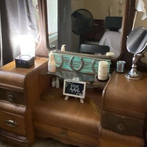 Vintage Waterfall Vanity With Mirror And Stool for Sale in Gambrills, MD