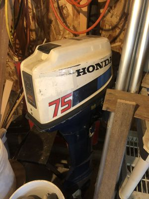 4 stroke Honda boat motor 7.5 hp for Sale in Yacolt, WA