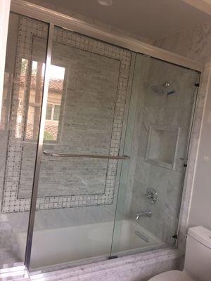 Sliding shower door for Sale in Baldwin Park, CA