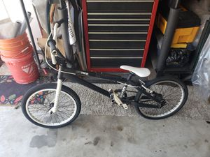Haro Pro XL 4061 BMX Racing Bike (Super Light and Fast) for Sale in Lewisville, TX