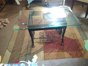 Antique sewing machine table for Sale in Atlanta, GA