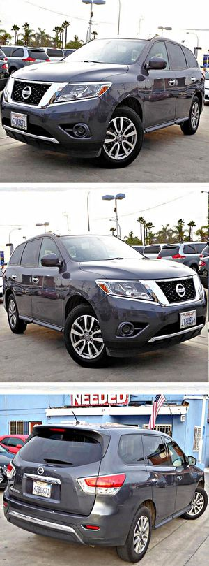 2015 Nissan PathfinderS 2WD 68k for Sale in South Gate, CA