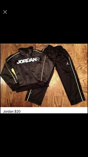Nike track suits. Boys size 3T for Sale in Granville, OH
