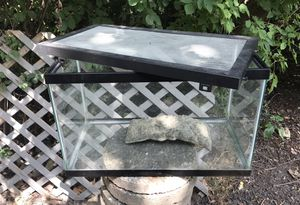 """Small Fish Tank 10"""" by 20"""" by 13"""" H, 10 Gallons for Sale in Downers Grove, IL"""
