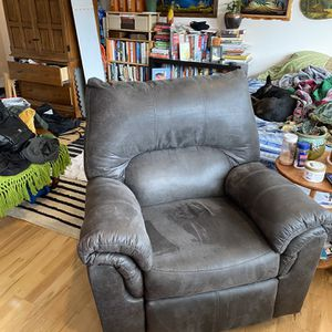 Ashley Furniture Recliner In Slate for Sale in Lake Oswego, OR