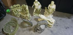 Roman fish tank decor for Sale in Port Richey, FL