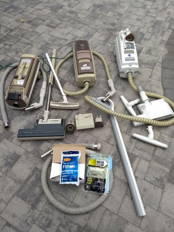 Electrolux canister vacuums locked of 3 plus accessories