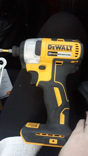 Dewalt compact drill for Sale in Kennewick, WA