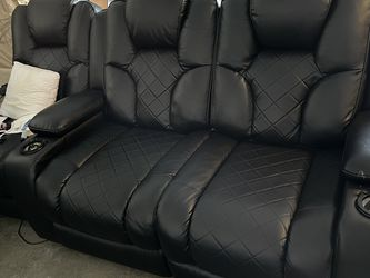 Theater Couches (6 Seats In All) for Sale in Avon,  OH