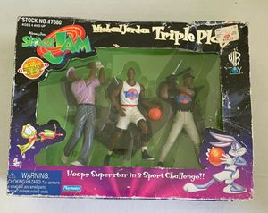 1996 Space Jam Michael Jordan Triple Play Action Figure Set Toy Mates for Sale in Ocoee, FL