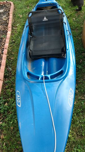 Ascend A10 Kayak for Sale in Jefferson City, MO