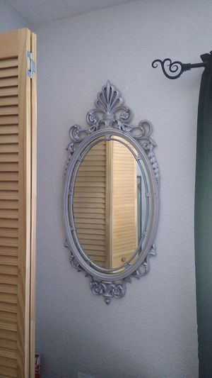 Wall mirror 3 ft long for Sale in Miami, FL